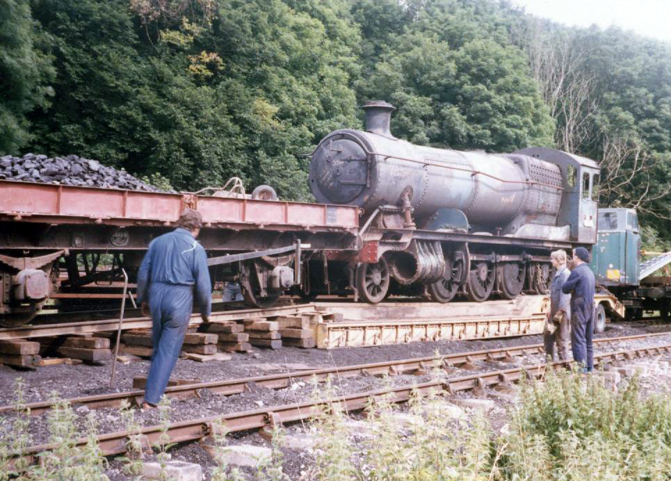 Unloading at NYMR 1986